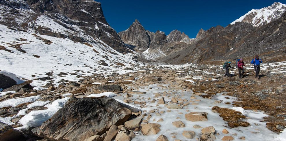 Everest base camp with Cho-la pass Trek
