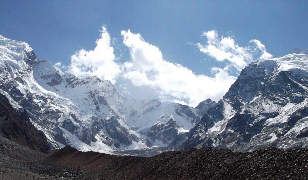 APi Peak CLimbing In nEpal
